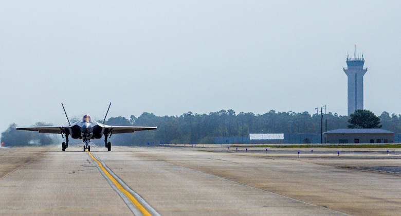 An F-35C Lightning II taxis down the flight line Feb. 27 from the Strike Fighter Squadron 101 at Eglin Air Force Base, Fla. The F-35C variant is a carrier-capable low-observable multi-role fighter aircraft, designed to provide unmatched airborne power projection from the sea. The Navy's joint strike fighter bears structural modifications from the other variants, necessitated by the increased resiliency required for carrier operations. (U.S. Air Force photo/Kristin Stewart)