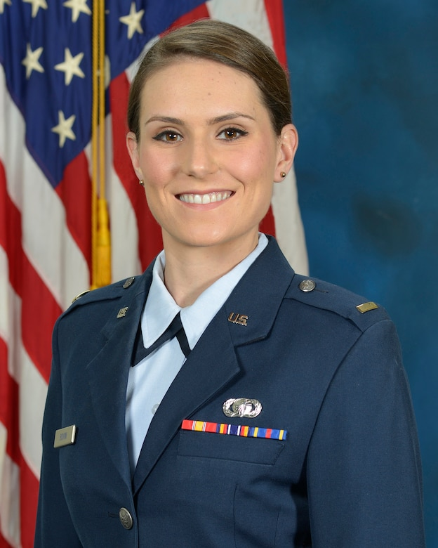 Second Lt. Michelle Boivin, Theater Battle Control Division executive officer, received the New England-Upstate New York Region's Distinguished Young Armed Forces Communications and Electronics Association Award. (U.S. Air Force photo by Linda LaBonte Britt)