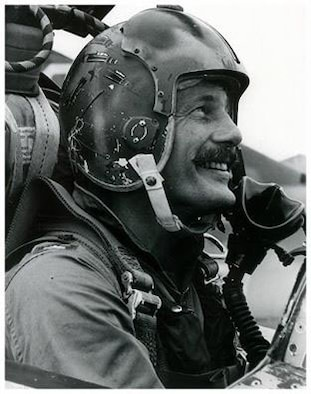 Commander Robin Olds, a United States Air Force wing commander of the 8th Tactical Fighter Wing in the Vietnam War. (Air Force photo)