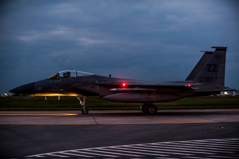 An F-15 Eagle from the 67th Fighter Squadron taxis across the flightline Feb. 7, 2017, on Kadena Air Base, Japan. The 67th FS is one of two squadrons of F-15 Eagles stationed on Kadena alongside the 44th Fighter Squadron. (U.S. Air Force photo by Senior Airman Nick Emerick/Released)