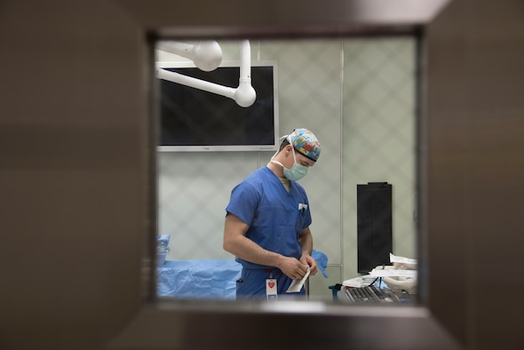 U.S. Air Force Airman 1st Class Thor Shaefer, a 35th Surgical Squadron surgical service technician, prepares a room for surgery at Misawa Air Base, Japan, March 13, 2017. Prior to surgeries, technicians sterilize themselves and stock the room with the specific equipment required for the operation. (U.S. Air Force photo by Airman 1st Class Sadie Colbert)