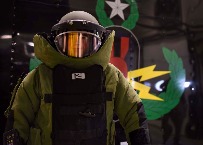 U.S. Air Force Senior Airman HTyler Kelley, 19th Civil Engineer Squadron explosive ordnance disposal technician, wears an EOD 9 Bomb Suit March 15, 2017, at Little Rock Air Force Base, Ark. Bomb suits can range in weight from 70-80 pounds. (U.S. Air Force photo by Senior Airman Stephanie Serrano)