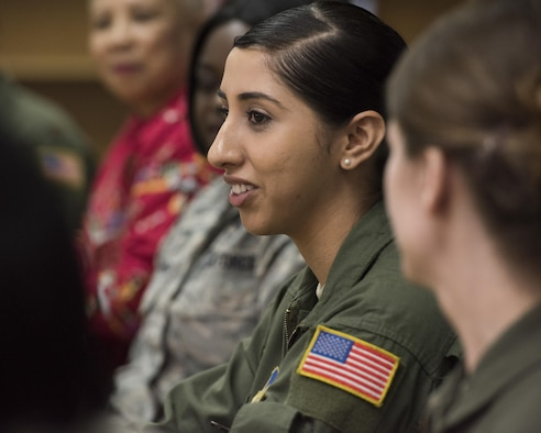 Airman 1st Class Alejandra Vargas, 374th Airlift Squadron loadmaster, answers questions from students at Yokota High School during the Q-and-A panel held as part of the Women's History Month at Yokota Air Base, Japan, March 15, 2017. Each panel speaker spoke on their jobs and who and what they felt helped pave the way for them to get where they are today. (U.S. Air Force photo by Machiko Arita)