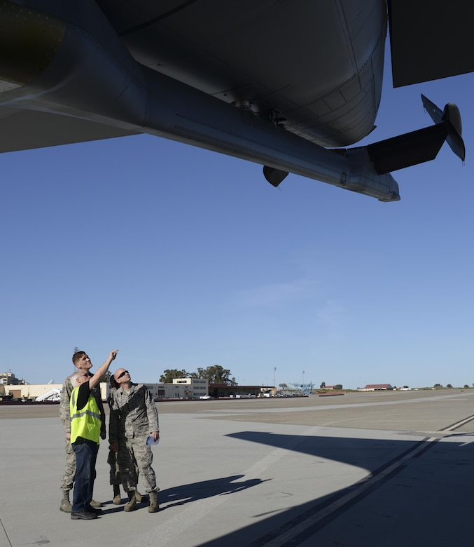 Steve Bentley, front, a Boeing quality assurance lead, shows 60th Air Mobility Wing Airmen the KC-46A Pegasus March 8, 2017, at Travis Air Force Base, Calif. Travis was selected in January as a preferred location for the Air Force's newest refueling aircraft. (U.S. Air Force photo by Senior Airman Amber Carter)