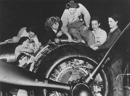 Tinker's first all-female engine crew on a B-25 engine in 1943. (Photo courtesy of Tinker History Office)