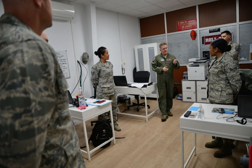 U.S. Air Force Col. Thomas Torkelson, 100th Air Refueling Wing commander, speaks with Airmen March 16, 2017, on Naval Station Rota, Spain. Torkelson and Chief Master Sgt. Curtis Stanley, 100th ARW command chief, toured facilities where Airmen work to see how they are settling in. (U.S. Air Force photo by Senior Airman Christine Halan)