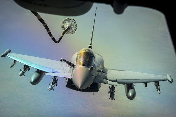 A U.S. Air Force KC-10 Extender refuels a British aircraft during a sortie to support Combined Joint Task Force Operation Inherent Resolve over Iraq, March 22, 2017. Extenders have provided fuel to coalition aircraft to weaken and destroy the Islamic State in Iraq and Syria. Air Force photo by Senior Tyler Woodward