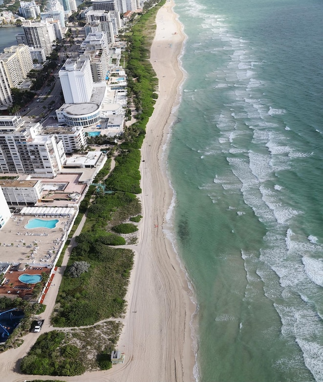 Before:  The 54th Street section erosional hotspot prior to the Miami Beach hotspots renourishment in January 2017.