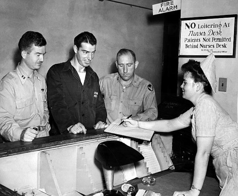 UNITED STATES - AUGUST 25:  Staff Sergeant Joe DiMaggio, back from the pacific where he served with the 7th Air Force, checks in at the AAF Don Ce-Sar Hospital near St. Petersberg, Fla., for stomach disorder treatment.  (Photo by NY Daily News Archive via Getty Images)