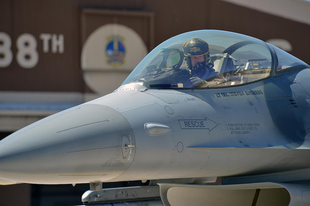 Lt. Col. Steven Engberg, 4th Fighter Squadron commander, after a 'Fightin' Fuujins' fini flight May 31, 2016, at Hill Air Force Base, Utah. (Air Force photo by R. Nial Bradshaw)