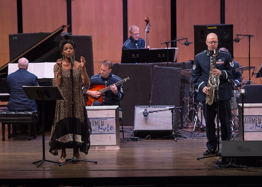 Technical Sgt. Tedd Baker shares the stage with legendary vocalist Nnenna Freelon on February 9, 2017 as part of the critically acclaimed Jazz Heritage Series at the Rachel M. Schlesinger concert hall in Alexandria, VA. (Photo by Chief Master Sgt. Bob Kamholz)
