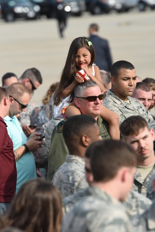193rd Special Operations Wing Airmen, along with their family and friends, watch the arrival of Vice President Mike Pence, Middletown, Pennsylvania, April 29, 2017. The vice president and President Donald J. Trump; who arrived after the vice president; took time to shake the hands of Airmen, along with Airmen's family and friends before departing for the Harrisburg Farm Show Complex for President Trump's 100th day rally. (U.S. Air National Guard Photo by Master Sgt. Culeen Shaffer/Released)