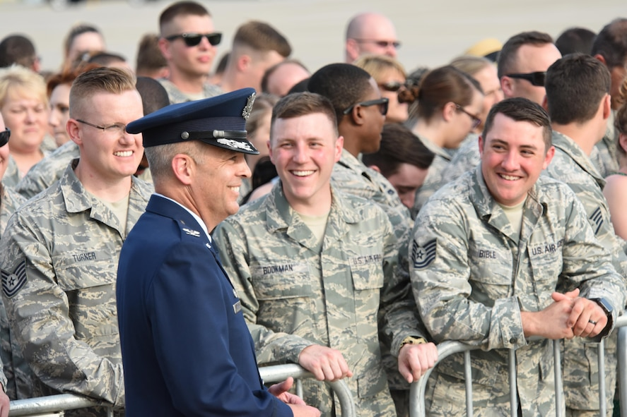 """193rd Special Operation Wing Commander Benjamin """"Mike"""" Cason and Airmen of the wing along with their family and friends, watch the arrival of their commander-in-chief, President Donald J. Trump, Middletown, Pennsylvania, April 29, 2017. The president and Vice President Mike Pence landed at the 193rd SOW and took time to shake the hands of Airmen, along with Airmen's family and friends before departing for the Harrisburg Farm Show Complex for President Trump's 100th day rally. (U.S. Air National Guard Photo by Master Sgt. Culeen Shaffer/Released)"""