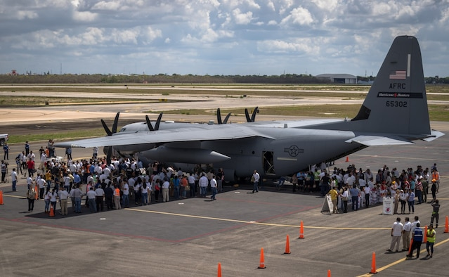 More than thirteen-thousand residents tour a WC-130J Super Hercules Aircraft in Mérida, Mexico during the Caribbean Hurricane Awareness Tour April 15, 2017. The event was hosted by the 53rd Weather Reconnaissance Squadron from Keesler Air Force Base, Mississippi and National Oceanic and Atmospheric Administration in order to help people prepare for the upcoming hurricane season.(U.S. Air Force photo/Staff Sgt. Shelton Sherrill)