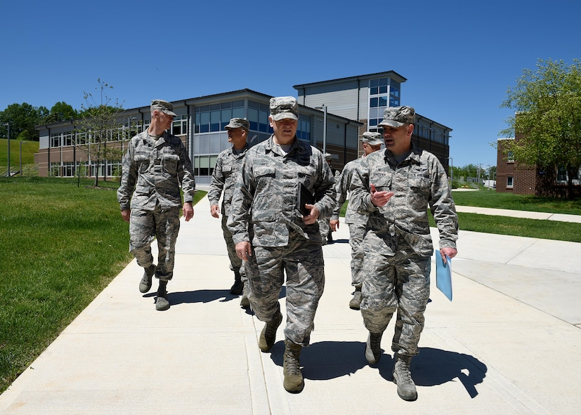 The Director of the Air National Guard, Lt. Gen. L. Scott Rice, and the Air National Guard Command Chief, Chief Master Sgt. Ron Anderson, visit the I.G. Brown Training and Education Center, May 2, 2017, in east Tennessee. General Rice and Chief Anderson spoke with the National Guard's Joint Enlisted Advisory Council (JEAC), or about 90 senior enlisted National Guard Soldiers and Airmen from the states and territories here this week. They also toured TEC's campus, meet professional military education students and attended the afternoon retreat ceremony with students and staff. (U.S. Air National Guard photo by Master Sgt. Mike R. Smith)