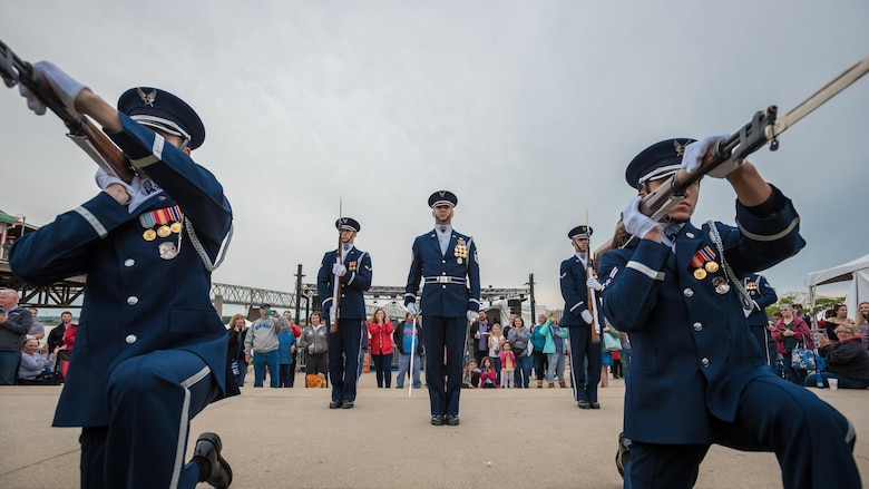 Members of the U.S. Air Force Honor Guard execute a precision rifle drill before an appreciative crowd at Waterfront Park in downtown Louisville, Ky., May 3, 2017, as part of the Kentucky Derby Festival. The Airmen, from Joint Base Anacostia-Bolling in Washington, D.C., strive to represent the Air Force Core Values of integrity, service and excellence through precise drill movements, immaculate appearance and extreme attention to detail. (U.S. Air National Guard photo by Lt. Col. Dale Greer)