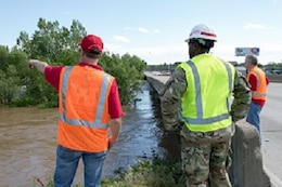 The U.S. Army Corps of Engineers (USACE) began flood fight operations throughout the Central U.S., along the Mississippi and tributary rivers, in response to heavy rainfall on April 28-30 . High water flows are impacting navigation and stressing federal and non-federal levee systems. The USACE Mississippi Valley, Lakes & River, Southwestern, and Northwestern Divisions are conducting response operations under the Corp's Public Law 84-99 (Flood Control and Coastal Emergencies) authorities. While no requests for Stafford Act assistance have been received to date, USACE is sharing information and actively coordinating with FEMA Regions V, VI, & VII. The current assessment indicates moderate flood risk to the lower Mississippi River and no anticipation to operate federal floodways or spillways.