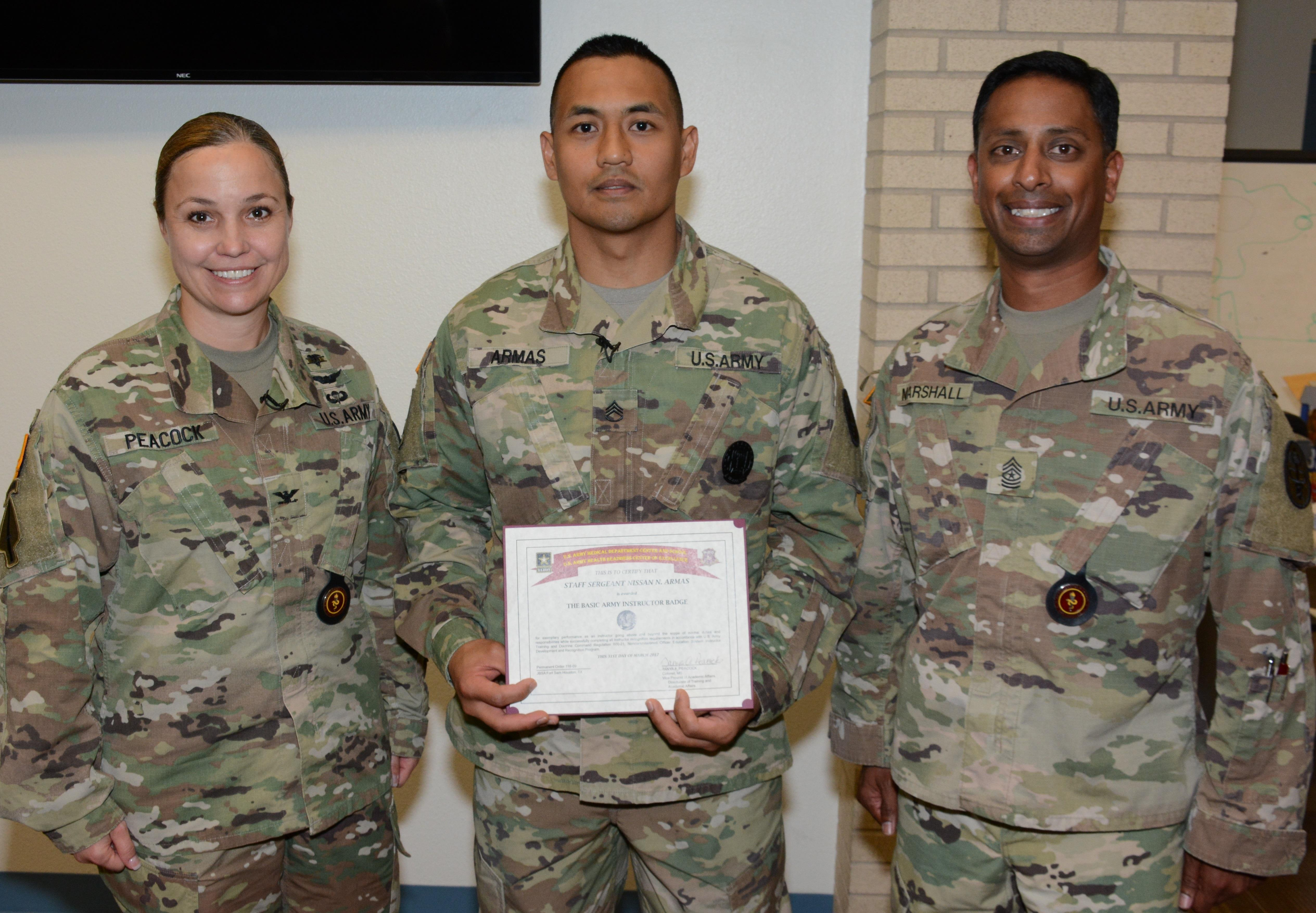 Ameddc Amp S Instructor Awarded First Basic Army Instructor