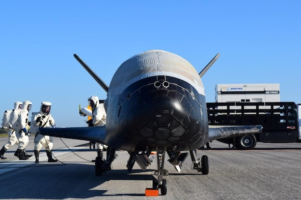 The Air Force's X-37B Orbital Test Vehicle mission 4 lands at NASA 's Kennedy Space Center Shuttle Landing Facility, Fla., May 7, 2017. Managed by the Air Force Rapid Capabilities Office, the X-37B program is the newest and most advanced re-entry spacecraft that performs risk reduction, experimentation and concept of operations development for reusable space vehicle technologies. (U.S. Air Force courtesy photo)