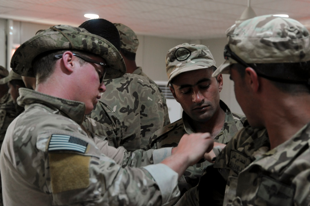 AMMAN, Jordan (May 8, 2017) Soldiers assigned to Jordanian Armed Forces Special Task Force 101, and Airmen assigned to U.S. Air Force Special Operation's 23 Special Tactics Squadron, participate in Tactical Combat Casualty Care training at the King Abdullah II Special Operations Training Center, as part of Exercise Eager Lion. Eager Lion is an annual U.S. Central Command exercise in Jordan designed to strengthen military-to-military relationships between the U.S., Jordan and other international partners. This year's iteration is comprised of about 7,200 military personnel from more than 20 nations that will respond to scenarios involving border security, command and control, cyber defense and battlespace management. (U.S. Navy photo by Mass Communication Specialist 1st Class Matthew Cole/Released) 170508-N-ER662-324