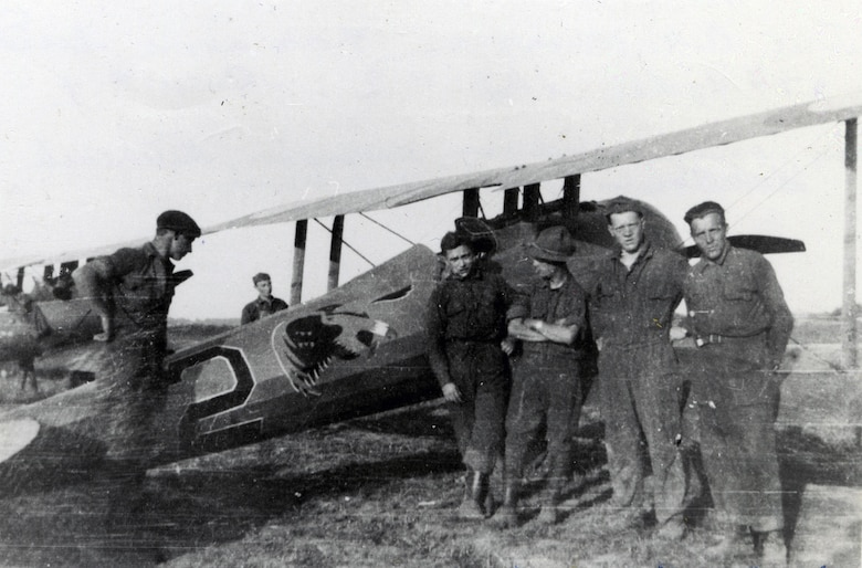1972-D84 (Williams) -- Crew of Ship #2, 27th Aero Squadron at Toul Aerodrome, June 20, 1918. (Courtesy photo)
