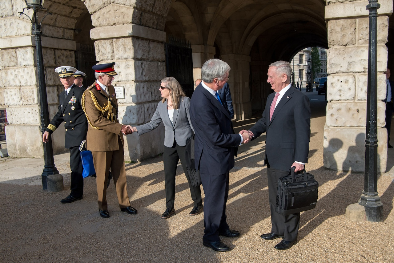 Defense Secretary Jim Mattis, right, meets with British Defense Secretary Michael Fallon at the Ministry of Defense in London, May 10, 2017. DoD photo by Air Force Staff Sgt. Jette Carr