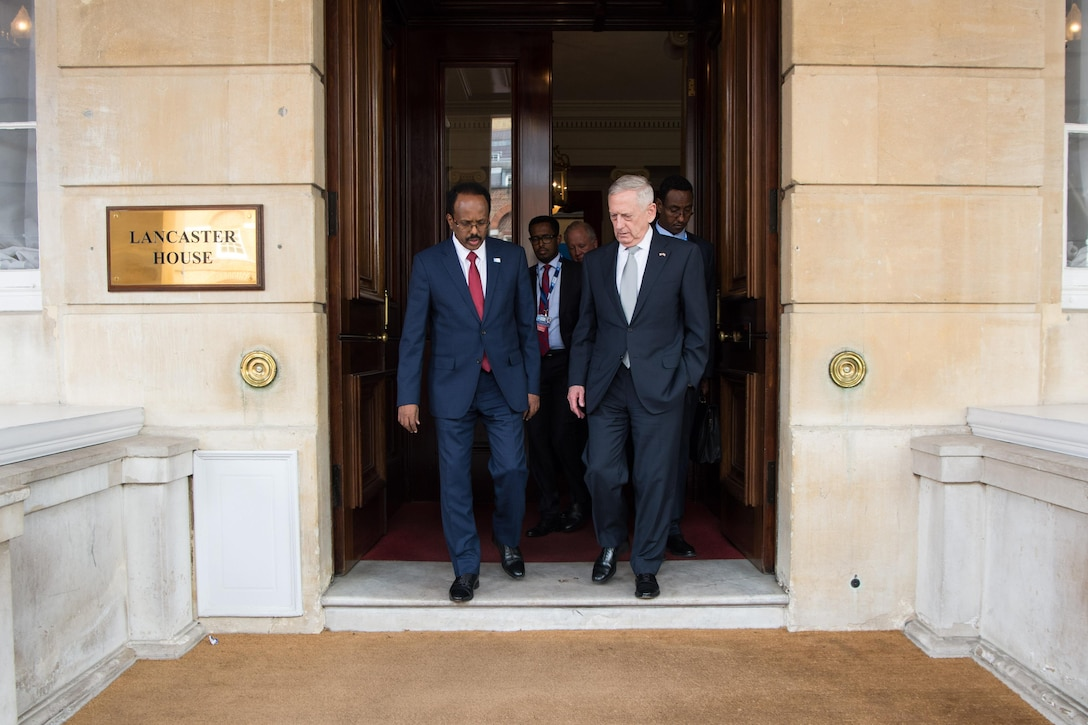Defense Secretary Jim Mattis talks with Somali President Mohamed Abdullahi Mohamed