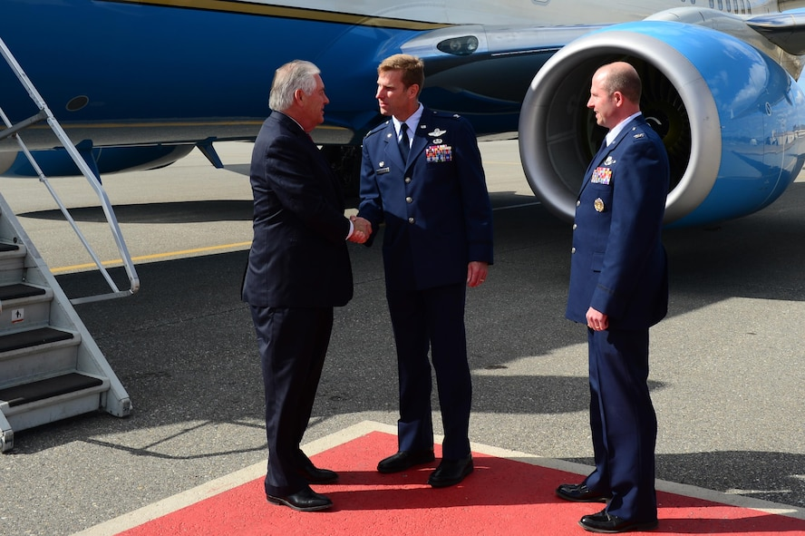 U.S. Air Force Col. David Mineau, the 354th Fighter Wing commander, shakes U.S. Secretary of State Rex Tillerson's hand May 10, 2017, at Eielson Air Force Base, Alaska. Tillerson landed at Eielson on his way to the 10th Annual Arctic Council Ministerial, the leading intergovernmental forum promoting cooperation, coordination and interaction among the Arctic States, Arctic indigenous communities and other Arctic inhabitants on common Arctic issues. (U.S. Air Force photo by Airman Eric M. Fisher)