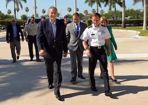 MIAMI ( May 12, 2017) -- Vice President of Colombia, Óscar Adolfo Naranjo Trujillo, left, walks with U.S. Southern Command Military Deputy Commander, Army Lt. Gen. Joseph DiSalvo, during an official visit to SOUTHCOM's headquarters in Miami, Florida. (Photo by Raymond Sarracino/U.S. Southern Command Public Affairs)