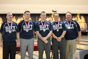 Navy Men win the 2017 Armed Forces Men's Team Title at the Armed Forces Bowling Championship hosted at Marine Corps Base Camp Pendleton, California from 5-8 May at the Leatherneck Lanes. Pictured: Petty Officer 1st Class Guy Cruise, Norfolk, Vir.; Coast Guard LTJG Scott McIntire, USCG Honor Guard, DC; Petty Officer 2nd Class Zachary Torrosian, Lemoore, Calif.; Petty Officer 1st Class Michael Zylius, USS Mason