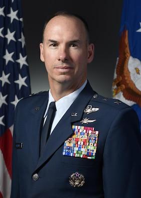 Maj Gen Killough official bio photo