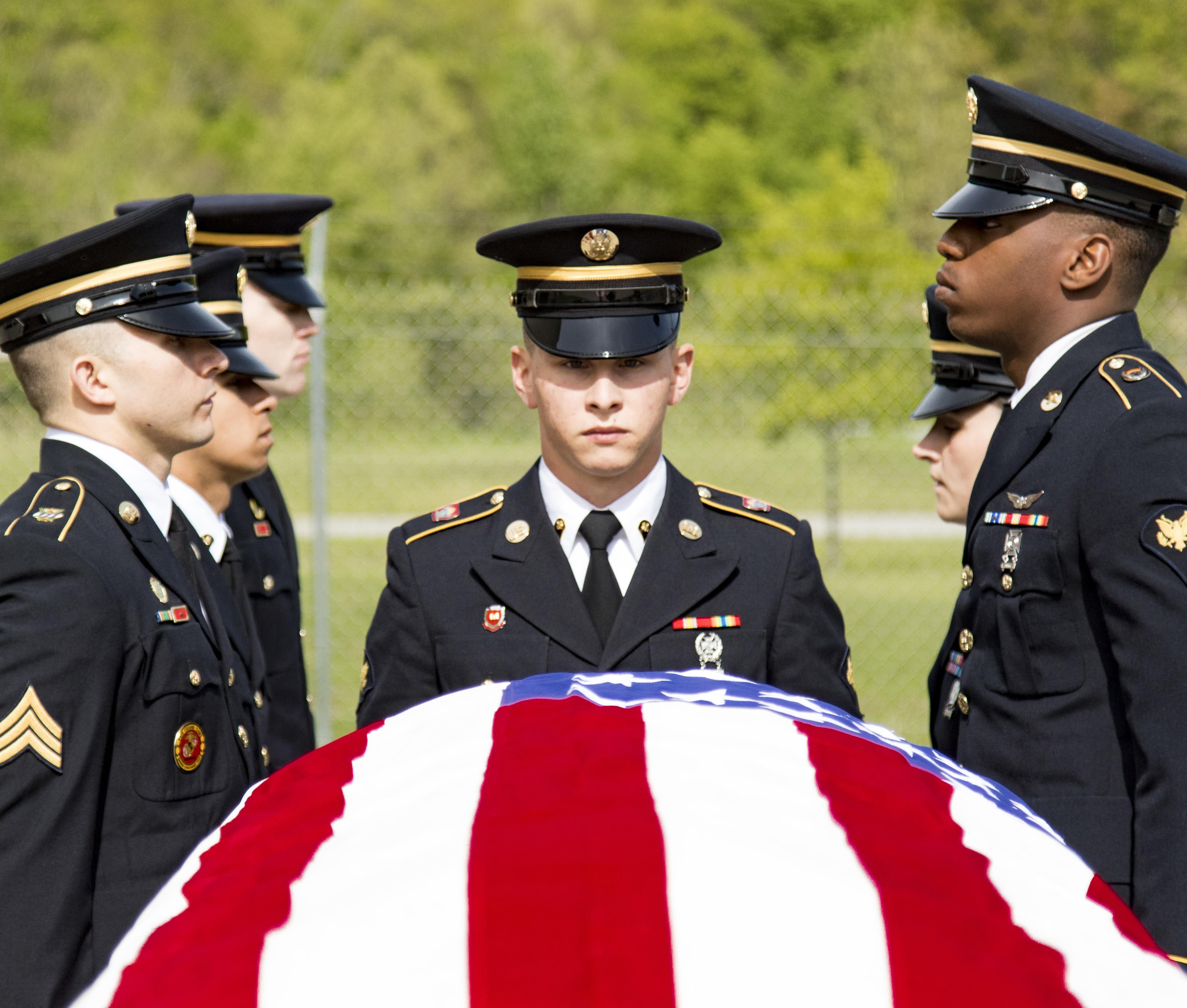Army Guard funeral honor guard members hone advanced ...