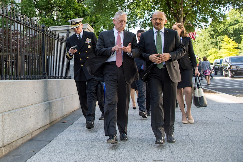 Defense Secretary Jim Mattis walks with Turkish Defense Minister Fikri Işık at the Eisenhower Executive Office Building in Washington, May 16, 2017. DoD photo by Air Force Staff Sgt. Jette Carr