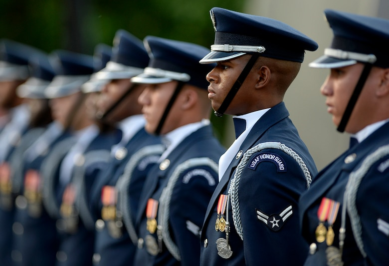 Air Force birthday celebration continues as the Air Force Honor Guard Drill Team performs at the Air Force Memorial during the Air Force Band's summer series, Heritage to Horizons, in Arlington, Va., May 17, 2017. (U.S. Air Force photo/Andy Morataya)