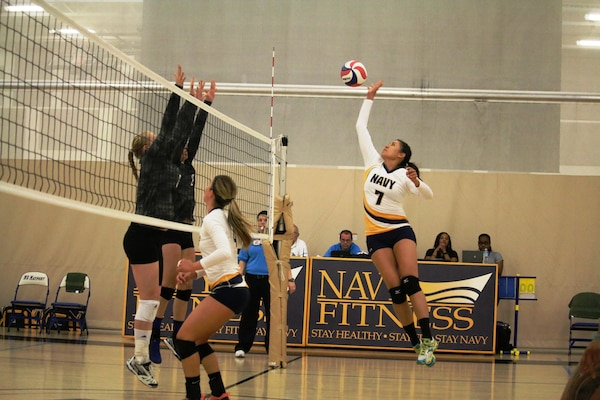 Navy Lieut. Jesselyn Johnston of Norfolk, Vir. goes for the kill in Match 1 of the 2017 Armed Forces Women's Volleyball Championship at Naval Station Mayport, Florida on 18 May.