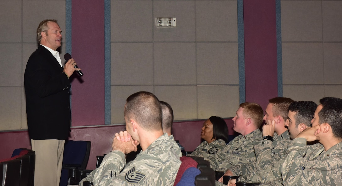 """Dan Clark engages with Airmen at Whiteman Air Force Base, Mo., May 16, 2017. Clark spoke to the base about perseverance and resiliency. Clark is a contributing author to the """"Chicken Soup for the Soul"""" series and author of 20 of his own bestselling books. He has spoken to more than 3 million people in all 50 states, and in 30 foreign countries."""