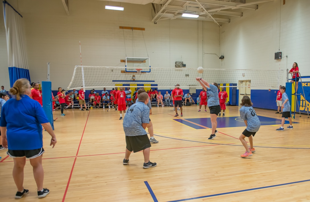 Special Olympics athletes play volleyball during the Special Olympics Mississippi 2017 Summer Games at the Blake Fitness Center May 20, 2017, on Keesler Air Force Base, Miss. Keesler hosted more than 3,200 athletes, directors, coaches, family members and volunteers spanning over 16 regions across Mississippi for the 31st year. (U.S. Air Force photo by Andre' Askew)