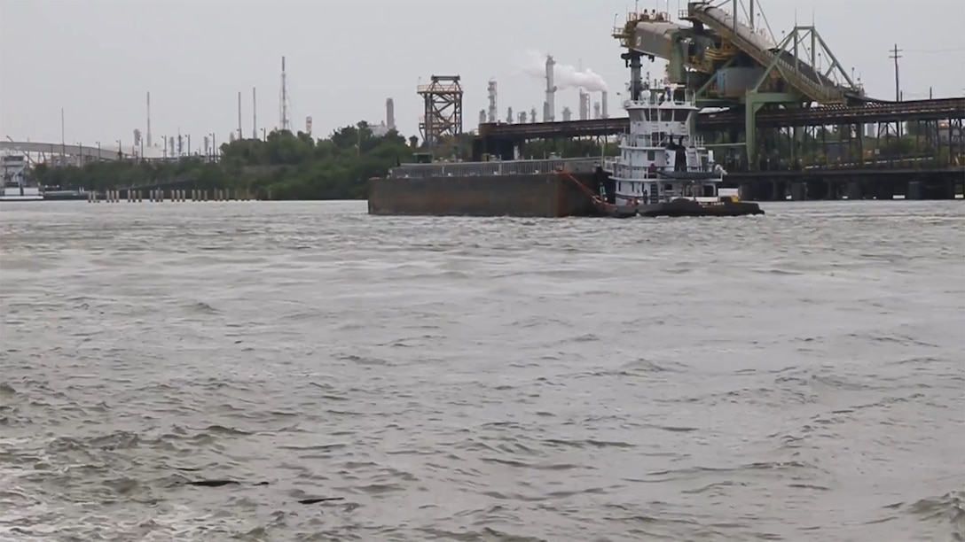 Lt. Gen. Todd Semonite reports from the Port of Houston with Galveston District. Click below to see more...