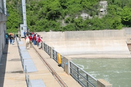 Members and support staff of the Missouri River Recovery Implementation Committee visited the Gavins Point Dam to learn more about the dam's operations and facilities as part of their May 22, 2017 field trip.