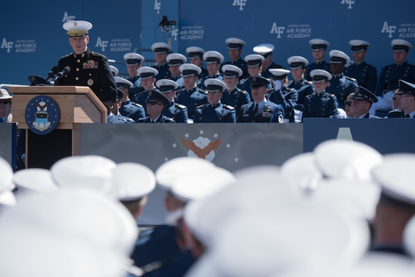 U.S. Marine Corps Gen. Joseph F. Dunford, Jr., chairman of the Joint Chiefs of Staff, delivers the commencement speech to the U.S. Air Force Academy Class of 2017 in Colorado Springs, Colo., May 24, 2017. The over 900 graduates will go on to serve as second lieutenants across the Air Force. (Courtesy photo)