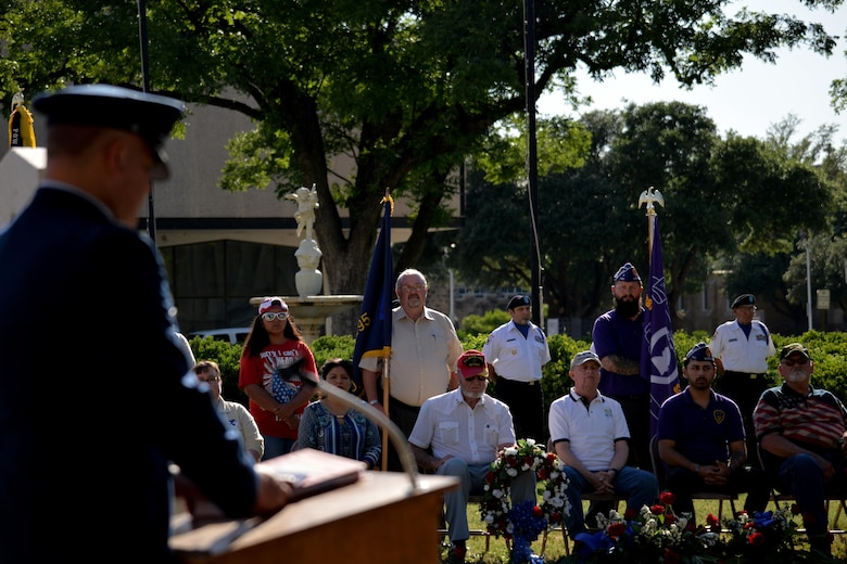 U.S. Air Force Col. Alejandro Ganster, 17th Training Group Commander, speaks during the Memorial Day Commemoration ceremony at the Tom Green County Courthouse, May 29, 2017.  Ganster emphasized the importance of remembering those who died for America. (U.S. Air Force photo by Airman 1st Class Randall Moose/Released)