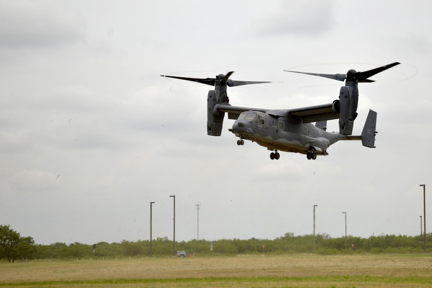 A CV-22 Osprey from the 20th Cannon Air Force Base, New Mexico, lands on Goodfellow Air Force Base, Texas, May 30, 2017. The Osprey brought intelligence personnel from the 20th Operations Squadron back to Goodfellow to give students first-hand experience of the operational Air Force. (U.S. Air Force photo by Airman 1st Class Randall Moose/Released)