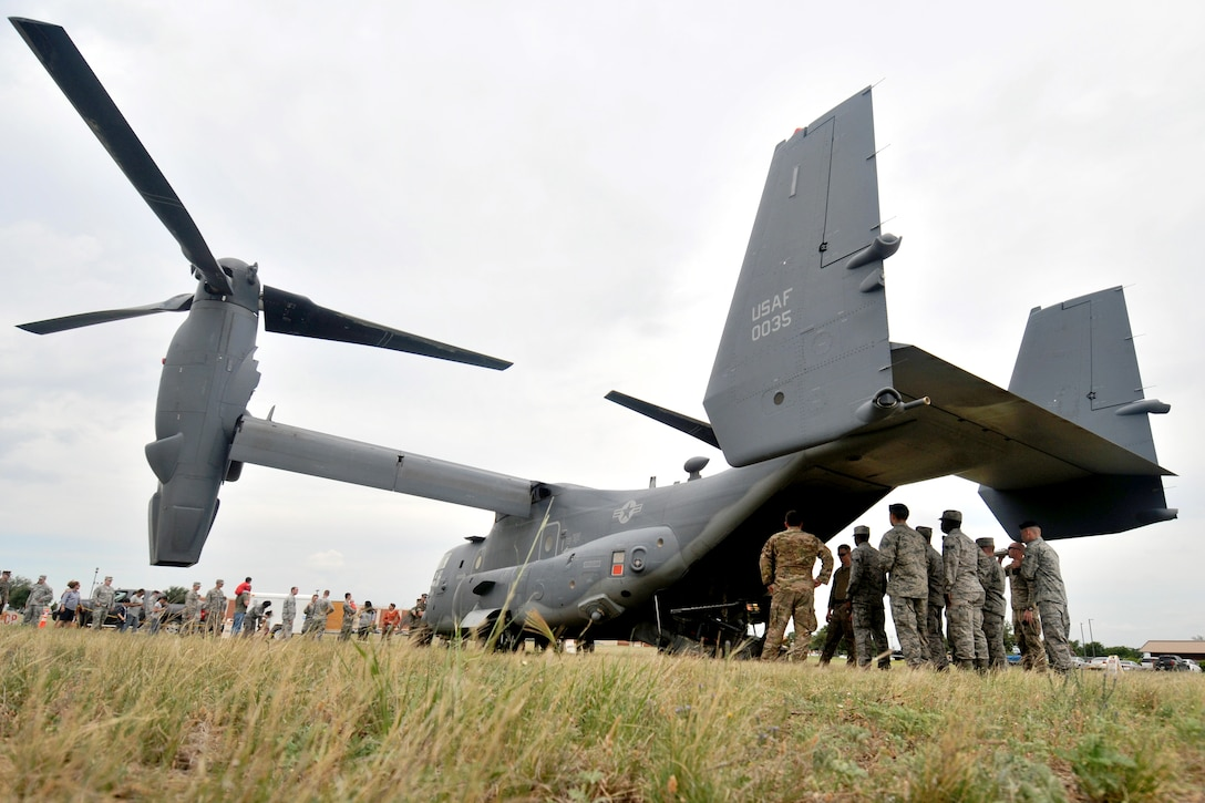 17th Training Wing students tour a CV-22 Osprey assigned to the 20th Special Operations Squadron, Goodfellow Air Force Base, Texas, May 30, 2017. The aircraft landed on Goodfellow after travelling from Cannon Air Force Base, New Mexico to provide Goodfellow students with an orientation on special operations missions and aircraft they may support after graduation.  (U.S. Air Force photo by Airman 1st Class Randall Moose/Released)