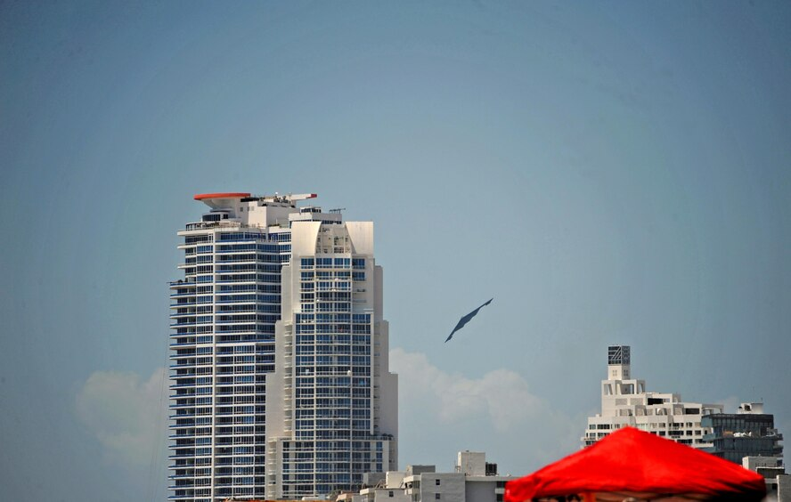A B-2 Spirit performs a flyover during the Salute to America's Heroes Air and Sea Show in Miami Beach, Fla., May 27, 2017. The airshow featured various aircraft representing each branch of the U.S. Armed Forces, including ground personnel to educate the public and airshow attendees about their respective branch's mission. (U.S. Air Force photo by Senior Airman Erin Trower)