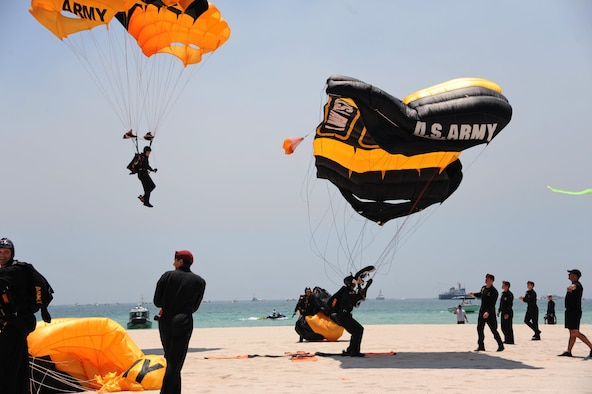 Members of the U.S. Army Golden Knights Parachute Team land after a demonstration during the Salute to America's Heroes Air and Sea Show in Miami Beach, Fla., May 28, 2017. Members representing all branches of the U.S. Armed Forces took part in the Memorial Day weekend airshow to increase public awareness and understanding of each branch's unique mission and capabilities. (U.S. Air Force photo by Senior Airman Erin Trower)