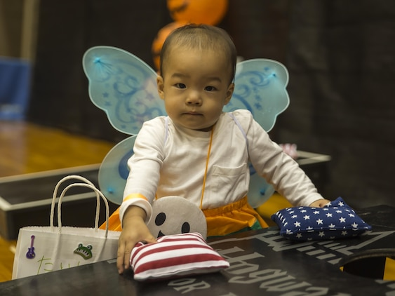 US, Japanese locals gather for Halloween Carnival