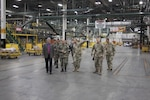 Peruvian major general visits Distribution headquarters