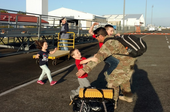 304th RQS Citizen Airmen return from deployment
