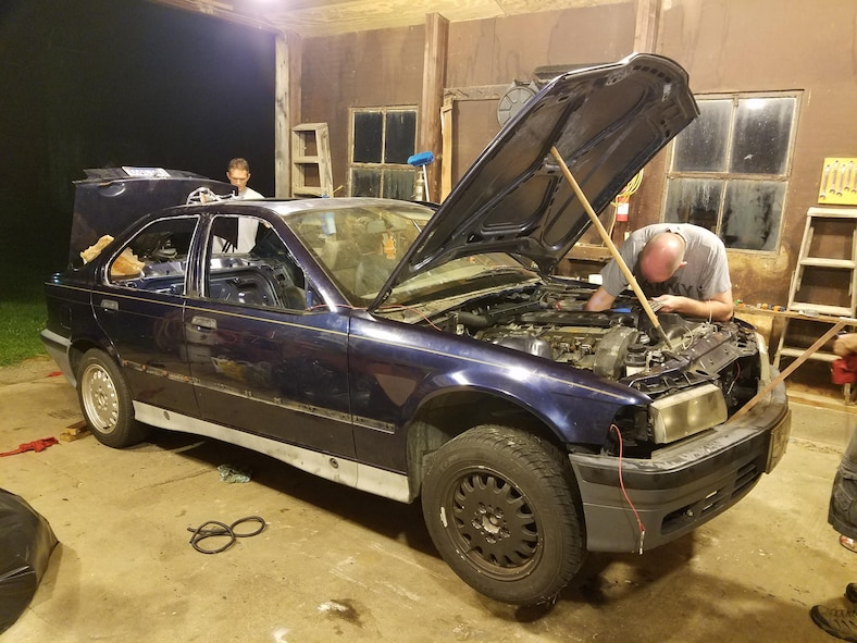 AFRL researchers restore clunker for endurance race