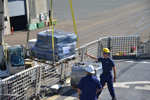 Image of Coast Guard offloading cocaine in San Diego, Oct. 25, 2017.